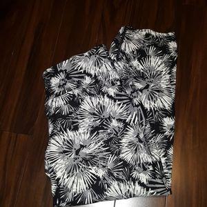 CALVIN KLEIN PERFORMANCE BLACK/WHITE YOGA PANTS